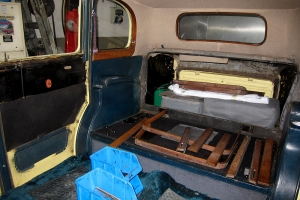 Interior without seats and door cards
