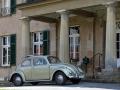 VW Käfer von 1959 bei Schloss Harkotten von Korff