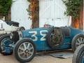 Bugatti im Hof